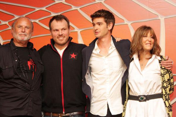 Die Macher mit ihrem Star Andrew Garfield (3. v.l.)
