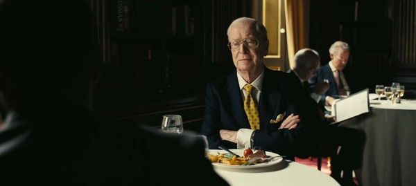 Michael Caine als Crosby in Christopher Nolans 'Tenet' © Warner Bros.