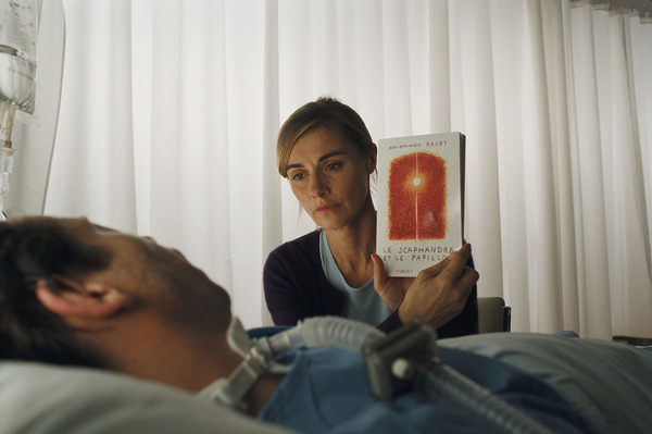 Jean-Do (Mathieu Amalric) und Claude (Anne Consigny) mit ihrem 'Le scaphandre et le papillon'