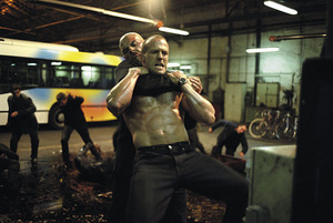 Bereits 2002 eine Kämpfernatur: 'The Transporter' © Universum