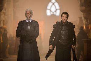 Morgan Freeman und Clive Owen in 'Last Knights' © Wild Bunch