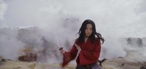 Liu Yifei als Heldin 'Mulan' 2020 © Disney