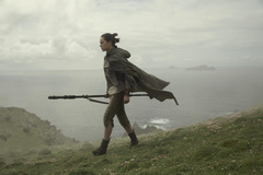 Daisy Ridley als Rey