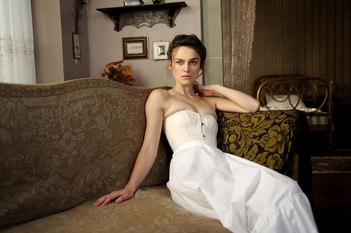 Keira knightley brust