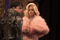 Dane DeHaan und Rihanna in 'Valerian'