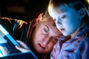 Mit Sean Penn in 'Ich bin Sam' © Warner 2001...