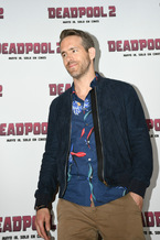 Ryan Reynolds alias 'Deadpool' vor der Presse in Mexico City © 20th Century Fox