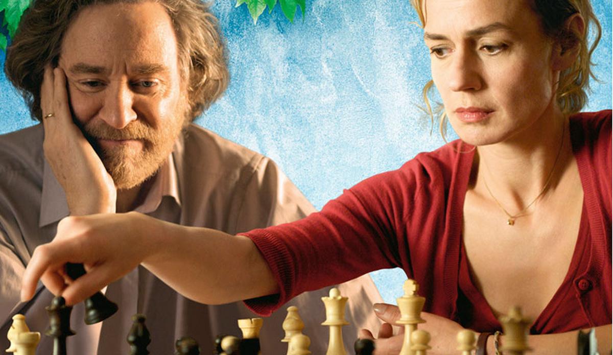 Die Schachspielerin: Ihr Mann ist bestürzt: Hélène hat eine neue Leidenschaft!