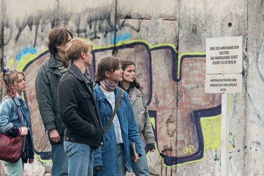 Zwischen uns die Mauer