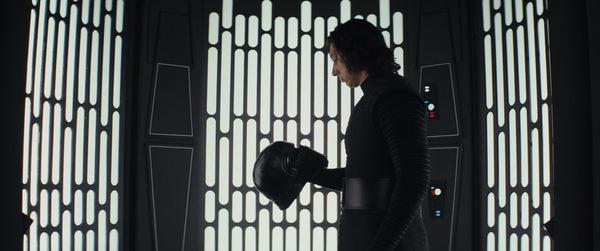 Adam Driver in 'Star Wars - DIE LETZTEN JEDI' © Lucasfilm