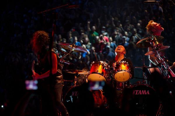 Drums: Lars Ulrich
