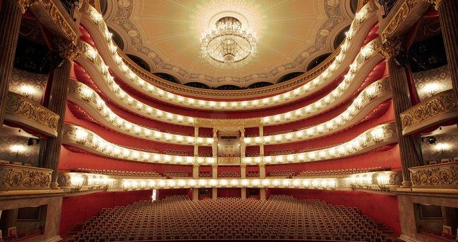 Ganz große Oper