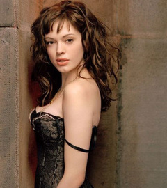 ...als Paige in 'Charmed' © Paramount