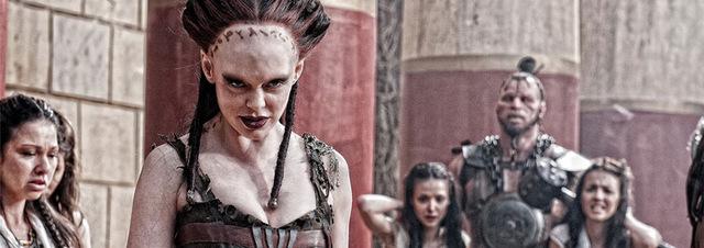 Rose McGowan als Marique: Macht Freddy Konkurrenz: Rose mit den Krallenhänden!