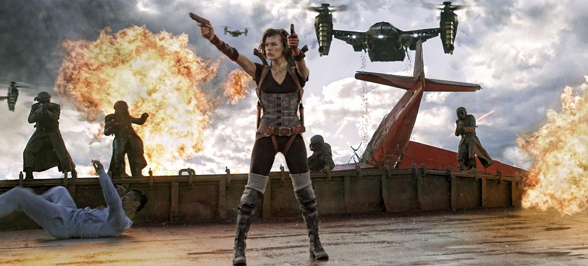Milla Jovovich wird sich auch als Mutter durchkämpfen! (Hier in 'Resident Evil 5 - Retribution' 2012 © Constantin Film)