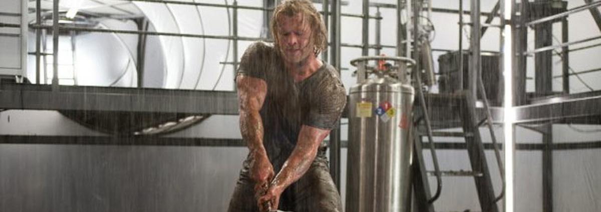 Chris Hemsworths ist Thor: Er schwingt den Hammer wie Mike Tyson
