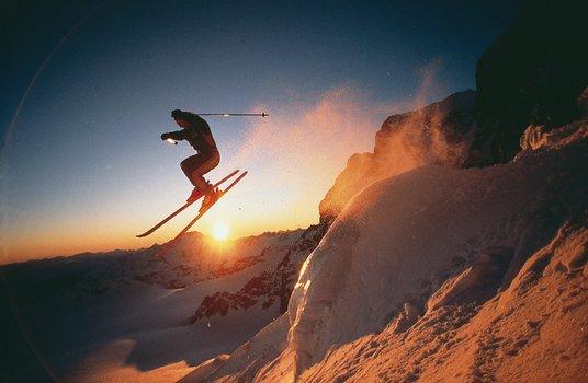Ski to the Max & Ski into the Sun