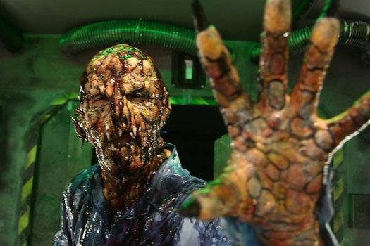 Alien vs. Zombies