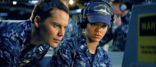 Taylor Kitsch und Rihanna in 'Battleship' © Universal Pictures 2012