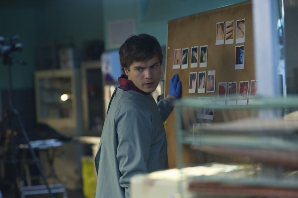 Emile Hirsch in 'The Autopsy of Jane Doe' 2016 © IFC Films