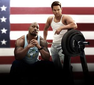 Johnson und Wahlberg in 'Pain & Gain' © Paramount 2013