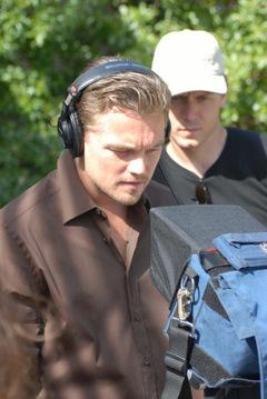 DiCaprio beim Dreh der Umweltschutz Doku '11th Hour - 5 vor 12' © Warner Bros.