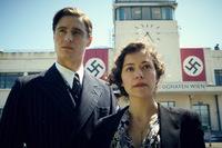 Max Irons und Tatiana Maslany