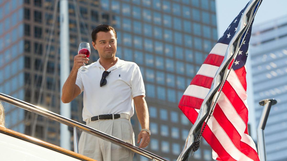 Selbst ein 'Amerikanischer Wolf' im Hollywood-Haifischbecken? DiCaprio in 'The Wolf of Wall Street' (USA 2013) © Universal Pictures