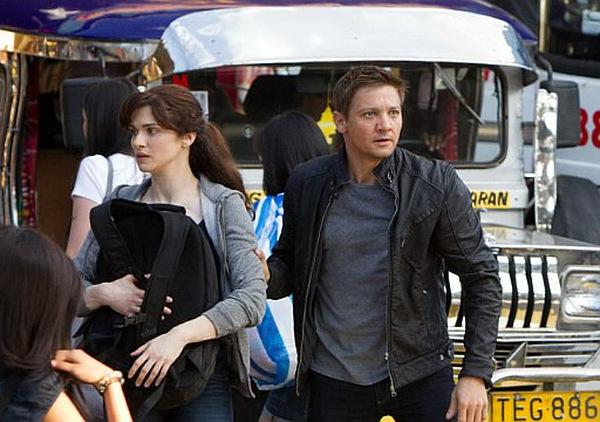 Rachel Weisz und Jeremy Renner in 'Das Bourne Vermächtnis' © Universal 2012