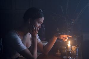 Hanna Rae in 'Carmilla'