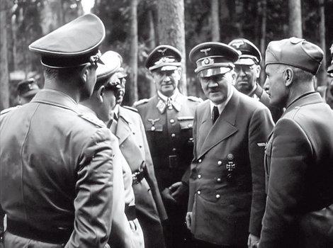 Wer war Hitler