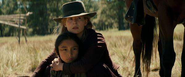 Rosamund Pike als Rosalie Quaid © Universum Film