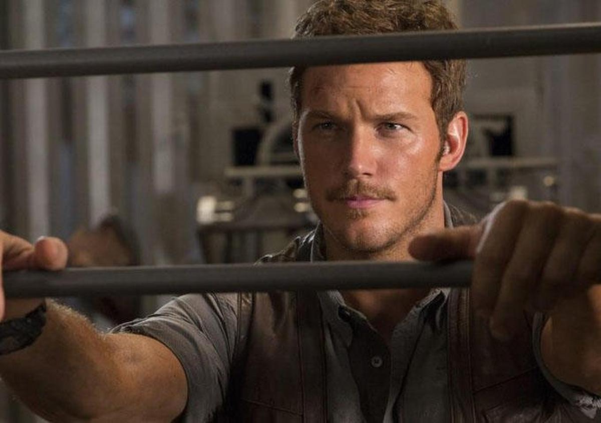 Ab 11. Juni 2015 auf der Kinoleinwand! Seid gespannt auf Chris Pratt als Owen in 'Jurassic World' (USA 2015) © Universal Pictures