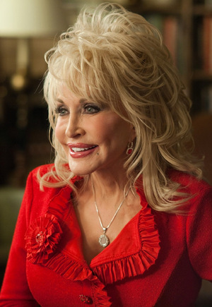 Dolly Parton in 'Joyful Noise' (2012) © Warner Home Video