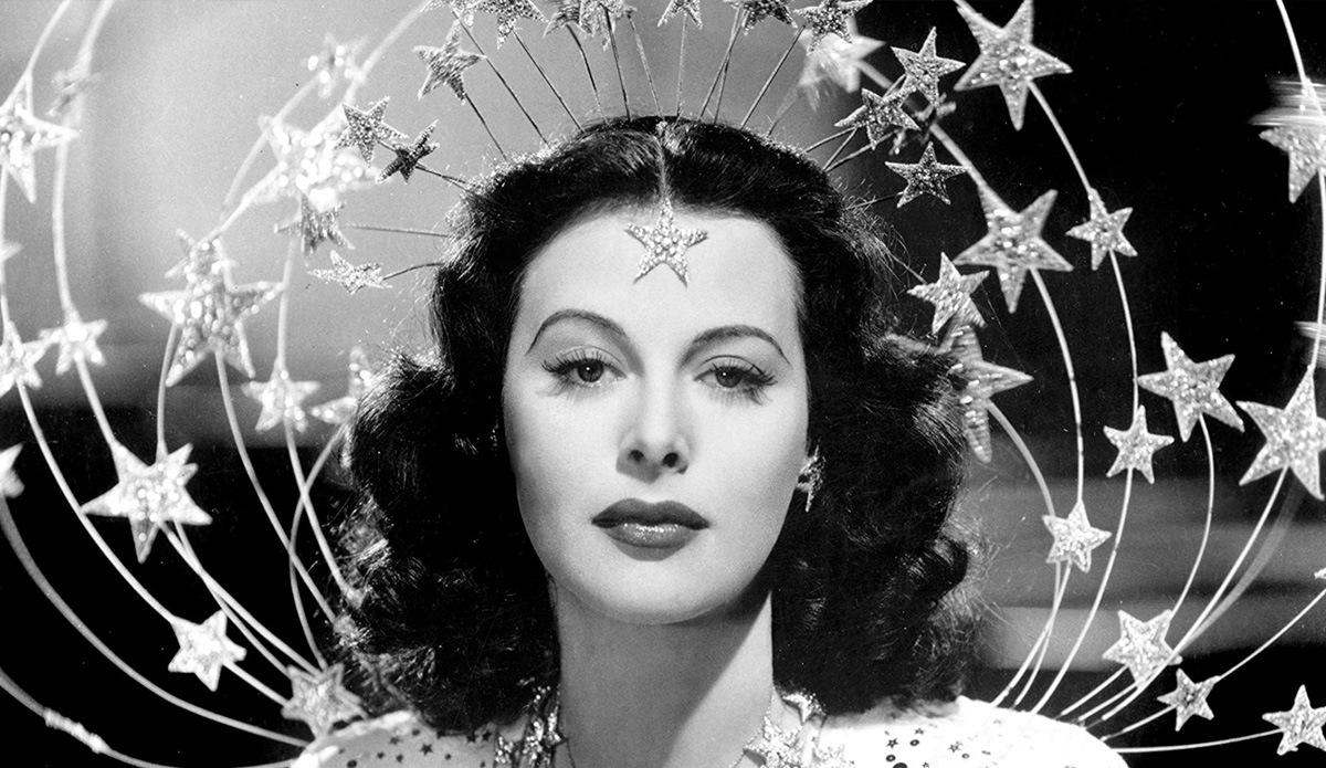 Geniale Göttin: Hedy Lamarr - Hollywood-Ikone und WLAN-Erfinderin?