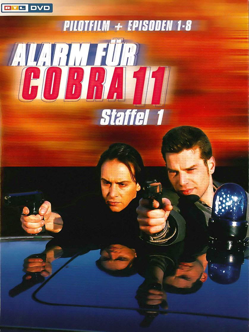 alarm f r cobra 11 staffel 1 dvd oder blu ray leihen. Black Bedroom Furniture Sets. Home Design Ideas