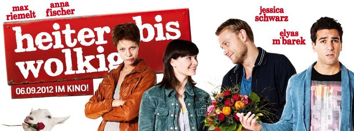 Von links: Jessica Schwarz, Anna Fischer, Max Riemelt und Elyas M'Barek 2012 in 'Heiter bis wolkig' © Constantin Film