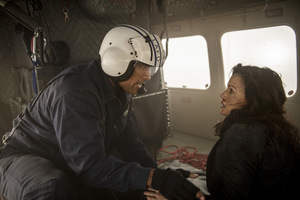 Johnson und Carla Gugino in 'San Andreas' © New Line Cinema