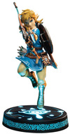 The Legend Of Zelda Breath Of The Wild - Link powered by EMP (Statue)