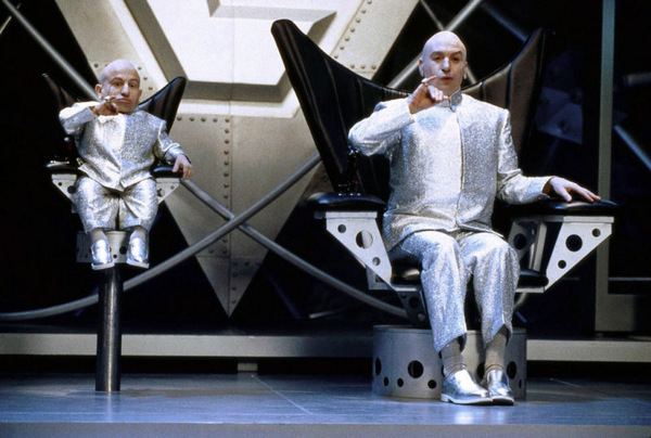 Verne Troyer als Mini Me in 'Austin Powers - Spion in geheimer Missionarsstellung' (1999) © Kinowelt