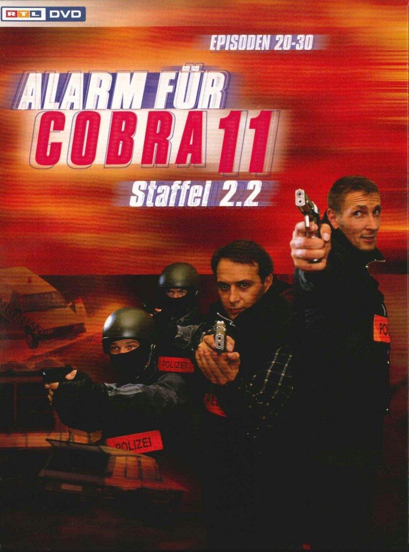 alarm f r cobra 11 staffel 2 dvd oder blu ray leihen. Black Bedroom Furniture Sets. Home Design Ideas