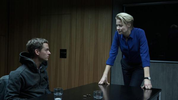 Tom Schilling und Trine Dyrholm © Sony Pictures