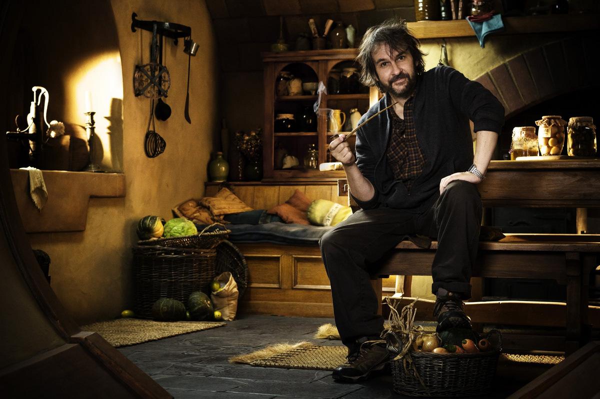 Peter Jackson beim Dreh zu 'Der Hobbit - Eine unerwartete Reise' © Warner Home Video 2012