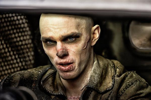 Nicholas Hoult in 'Mad Max 4 - Fury Road' © Warner
